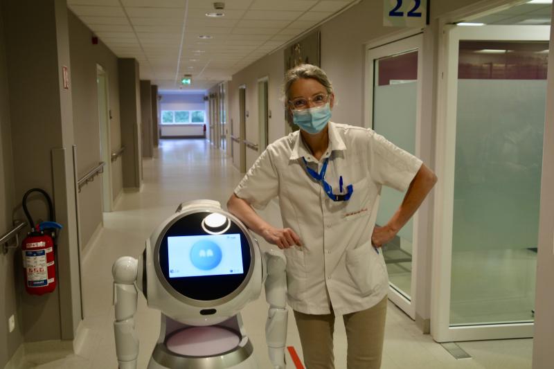 Arthur & Dr. Mariëtte Van den Heuvel op dienst Urologie Tielt
